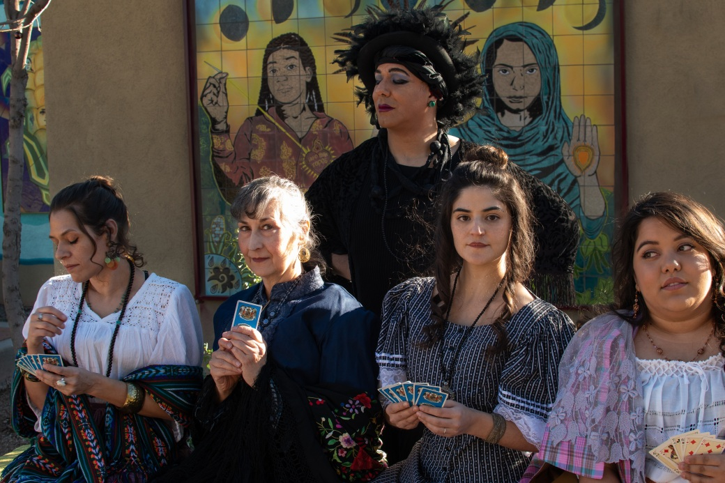 Cisiany Olivar as Pilar, Rosanne Couston as La Tules, Guillermo Francisco Raphael Jones as Doña Sebastiana, Amàlia Mora as Carmelita, and Nathalie Rodriguez as Rallitos. Photo by Whitney Morton Woodcock, courtesy of Something Something Theatre.