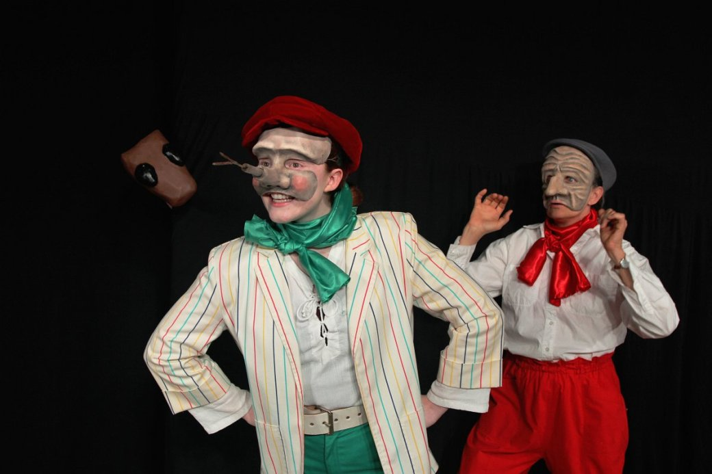 Hannah Turner as Pinocchio and Lorie Heald as Geppetto. Photo courtesy of Live Theatre Workshop.